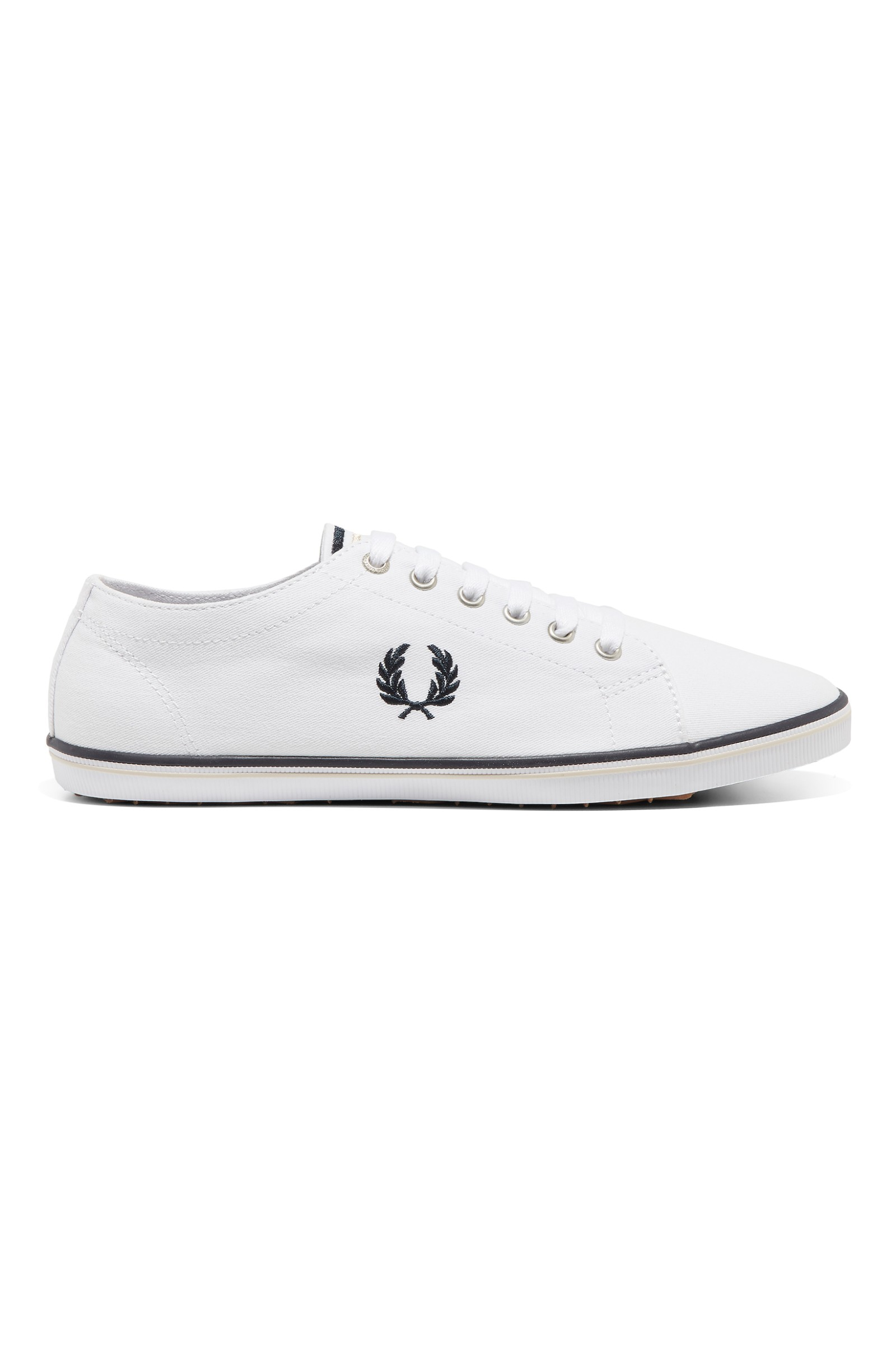 Kingston Twill Plimsolls In White - 370 Fred Perry MV5BhDS
